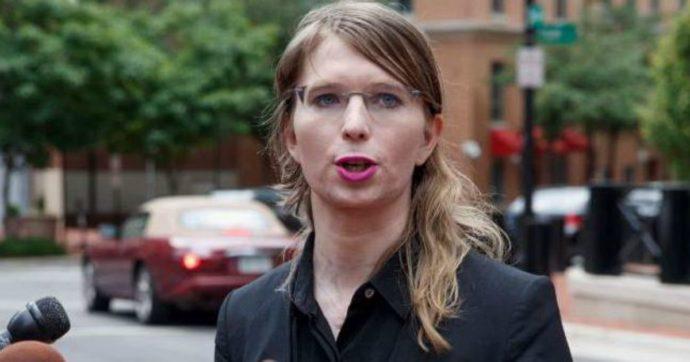Chelsea Manning, ordinato il rilascio dell'ex analista dell'esercito dopo tentato suicidio