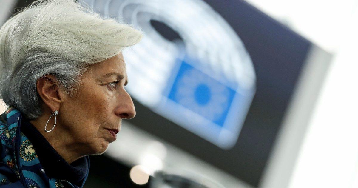 Lagarde non è Draghi: parla e manda a picco Italia e Ue