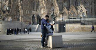 """Coronavirus, gli italiani all'estero: """"In Spagna dicono che l'Italia è esagerata. Folle sottovalutazione"""". """"In Uk perdere gli anziani è un vantaggio economico"""""""