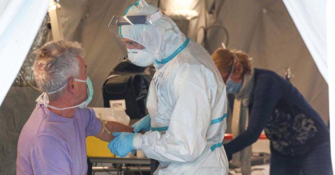 """Coronavirus, quasi 8000 mila hanno risposto al bando per la creazione di una task force di medici. Giuseppe Conte: """"Eroi dal camice bianco"""""""