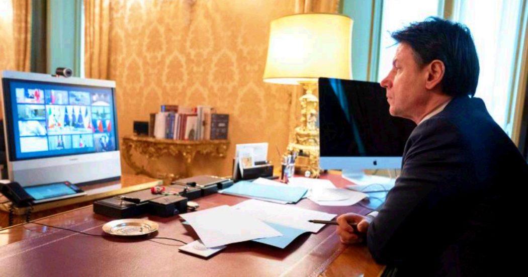 """Vertice Ue, Conte: """"Fondo di garanzia per cure ed economia o coronabond"""". Von der Leyen e Michel: """"Sì a misure aggiuntive"""". Ma Merkel frena: """"Ancora non si è deciso"""""""