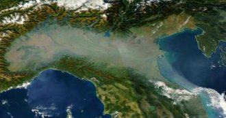 """Coronavirus, lo studio: """"Smog e polveri sottili hanno accelerato la diffusione di Sars Cov2"""""""