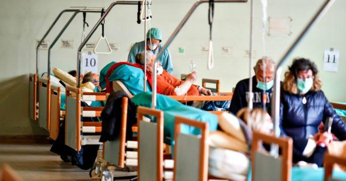 Coronavirus, l'Italia è una nazione anziana: il suo corpo poggia su piedi di argilla