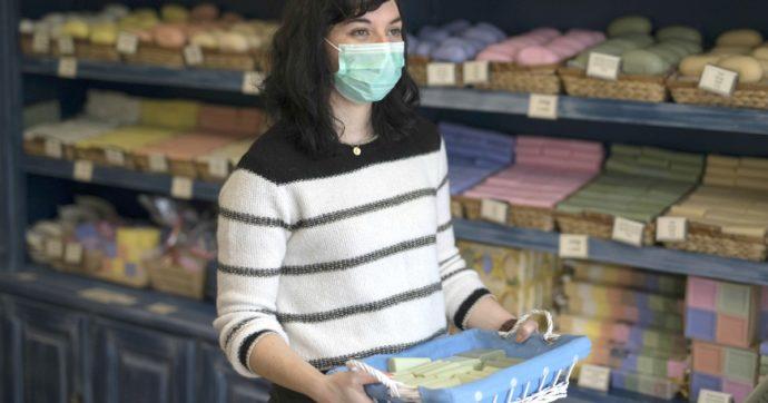 """Coronavirus, in Francia vendite record per il sapone di Marsiglia: """"In fila per comprarlo"""""""