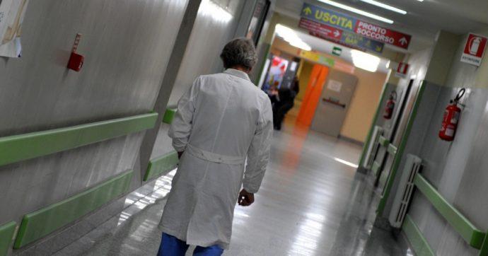 """Coronavirus, torna a casa la prima paziente trattata con Tocilizumab. Gli scienziati: """"Cauto ottimismo. Ottimi segnali da altri malati"""""""