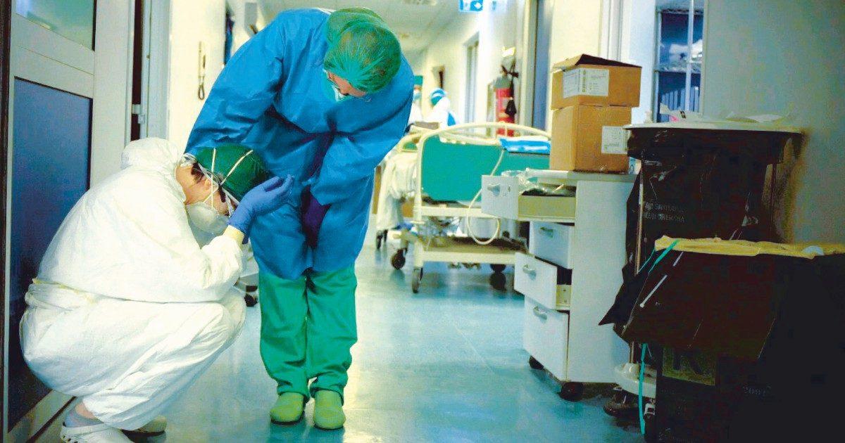 Medici,  661 infettati in 24 ore. Inviati al Nord 300 rinforzi