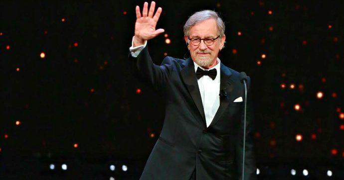 """""""Me ne sono perdutamente innamorato da bambino"""", Steven Spielberg annuncia il remake di West Side Story"""