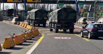 Coronavirus, a Bergamo altri mezzi militari per trasferire le bare: 70 feretri portati in Emilia Romagna per la cremazione