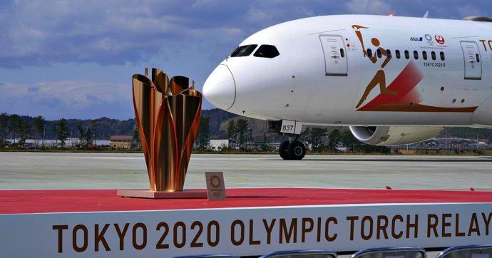 """Coronavirus, Olimpiadi di Tokyo 2020: il premier Abe per la prima volta apre a un rinvio. Canada: """"Non invieremo i nostri atleti"""""""