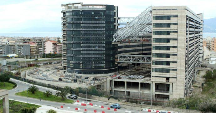 Reggio Calabria, 'ndrangheta nell'edilizia: il processo 'Thalassa' si conclude con otto condanne e otto assoluzioni