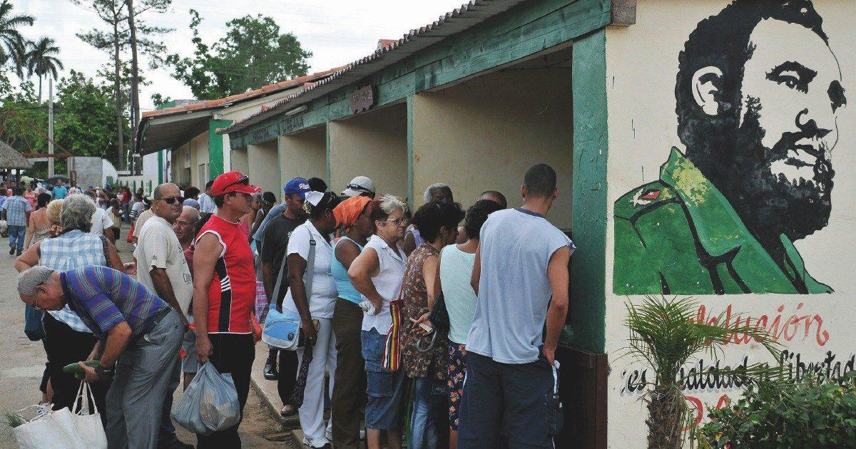 Cuba, l'embargo che stritola. Senza cibo e benzina, vivere in fila è la regola