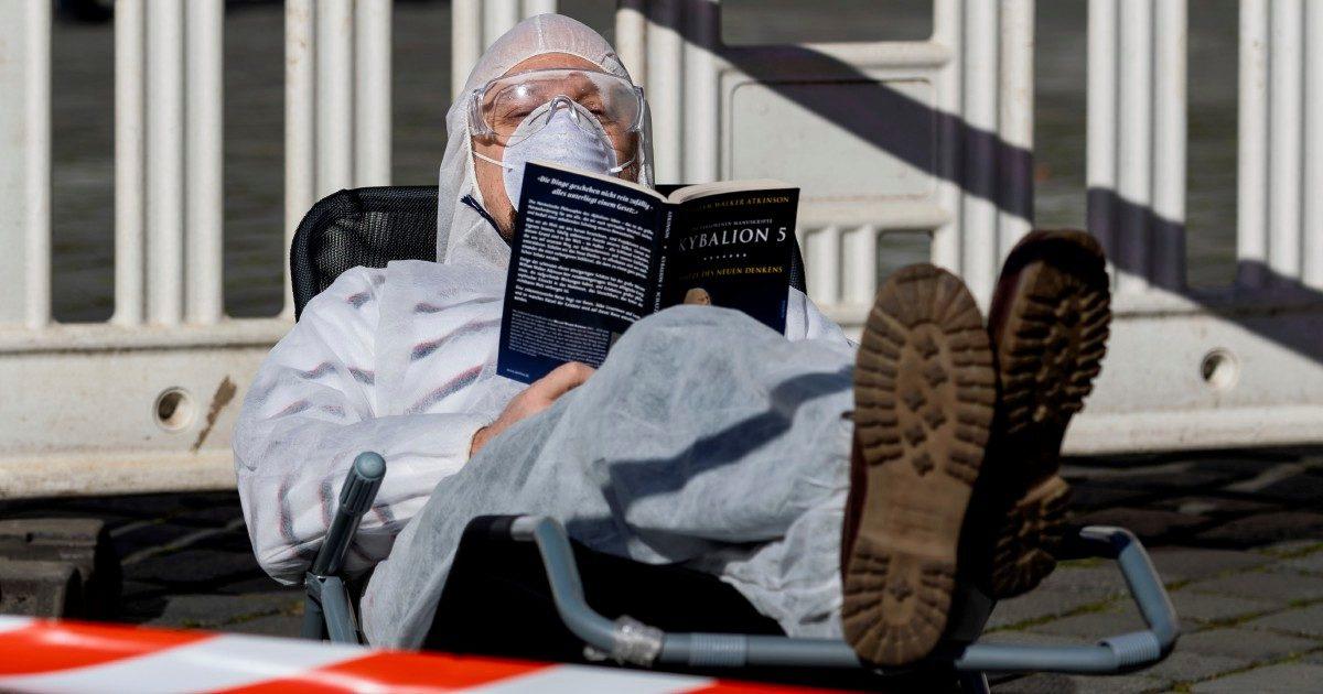 """La quarantena è un """"Carcere"""": rifugiamoci nella """"Montagna"""""""