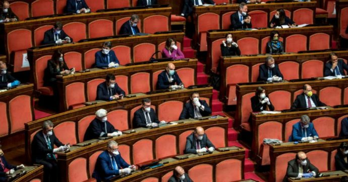 Sanità lombarda, guai a parlarne in Parlamento! Scatta la censura (e qualcuno alza pure le mani)