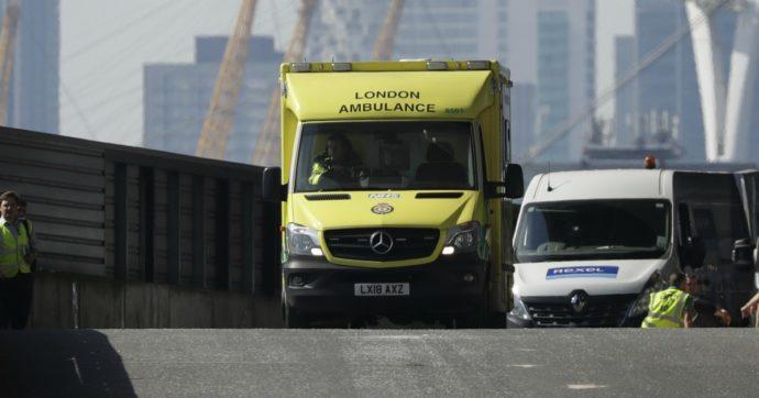 Coronavirus. Luca, 19 anni, faceva l'aiuto cuoco a Londra per vivere con la madre: è morto dopo una crisi polmonare