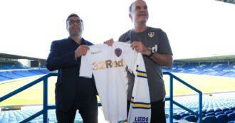"""Virus – Bielsa e i giocatori del 'suo' Leeds: """"Non pagate noi ma i dipendenti del club"""". 'Il Loco' sempre protagonista, tra follia e genio"""