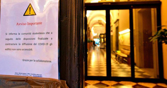 """Bologna, 60 studenti Erasmus positivi: focolaio partito da una festa universitaria. Il rettore: """"Rispettate le misure di sicurezza"""""""