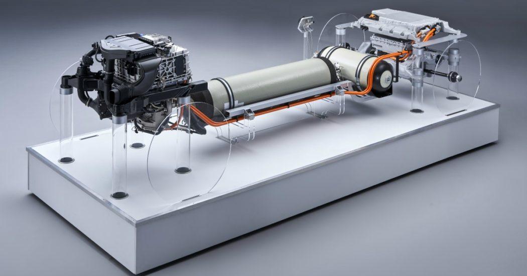 Bmw i Hydrogen NEXT, propulsione a idrogeno per gli sport utility di domani