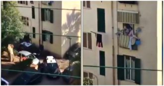 """Coronavirus, a Pozzuoli le persone chiuse in casa ai carabinieri: """"Fateci sfogare, dobbiamo fare le rapine? Sappiamo uccidere"""". E alcuni fanno l'applauso"""