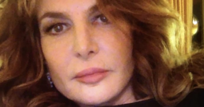 Giuliana De Sio torna dal mare e trova la casa svaligiata: la foto