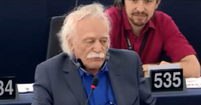 Manolis Glezos, addio al 'primo partigiano d'Europa' che disse due volte no alla Germania