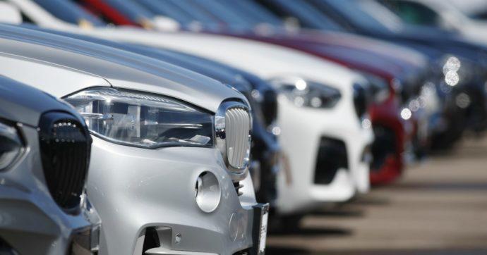 Mercato auto Italia: -85,6% a marzo. E l'Unrae invoca incentivi statali per tutelare il settore