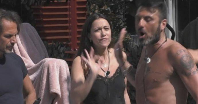 """Grande Fratello vip, Teresanna Pugliese a Sossio Aruta: """"Ho visto che sei un cane e non voglio giocare più"""". Lui: """"Cafona"""""""