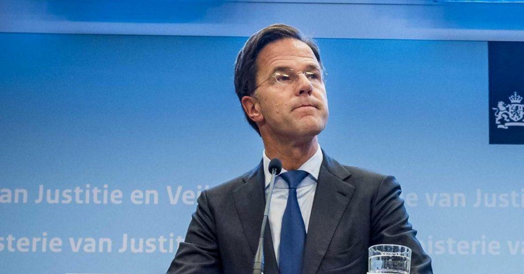 """Recovery Fund, Rutte: """"Ammiro Conte per le riforme. Vogliamo aiutare, ma solo con i prestiti. Prossima volta l'Italia sia in grado di rispondere a una crisi da sola"""""""