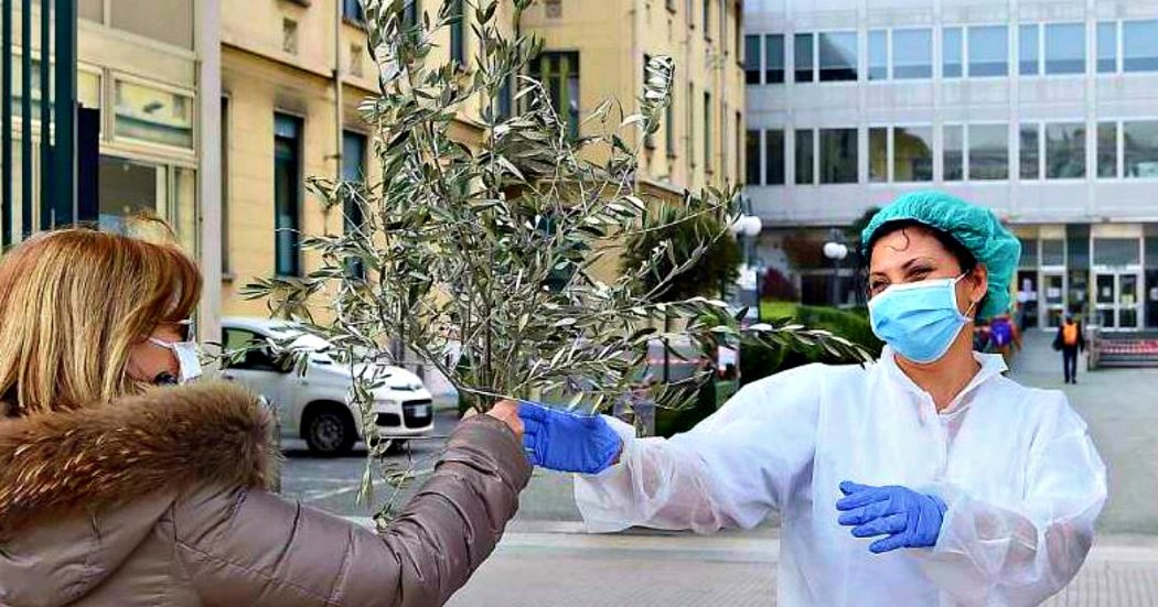 Coronavirus, la diretta – Speranza presenta il 'Piano Sanitario' in 5 punti per la futura fase 2. Boom di denunce: oltre 9mila solo ieri. Lombardia distribuisce 3 milioni e 300mila mascherine gratuite
