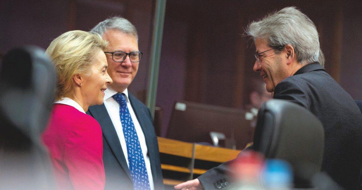 """Parigi: """"Senza solidarietà blocchiamo l'Eurogruppo"""""""