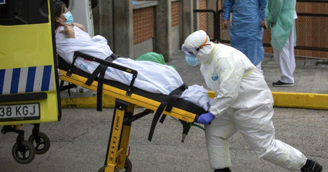 """Coronavirus – La Spagna dal 26 aprile allenta le restrizioni, in Francia quarantena 'prorogata' oltre il 15 aprile. Ue: """"Chiudere frontiere esterne fino al 15 maggio"""". New York, record di vittime in 24 ore"""