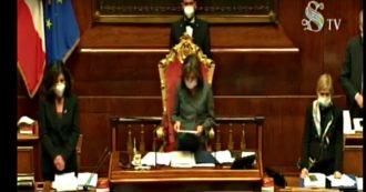 """Coronavirus, Senato conferma la fiducia al governo su dl Cura Italia: 142 a favore. Lega-Fi-Fdi votano contro nonostante le mediazioni. Taverna (M5s): """"Sleali, anche nel dramma c'è chi pensa al consenso"""""""