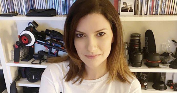 """Laura Pausini: """"Uno legge i giornali, italiani e stranieri, e si fa fatica a non incazzarsi"""""""