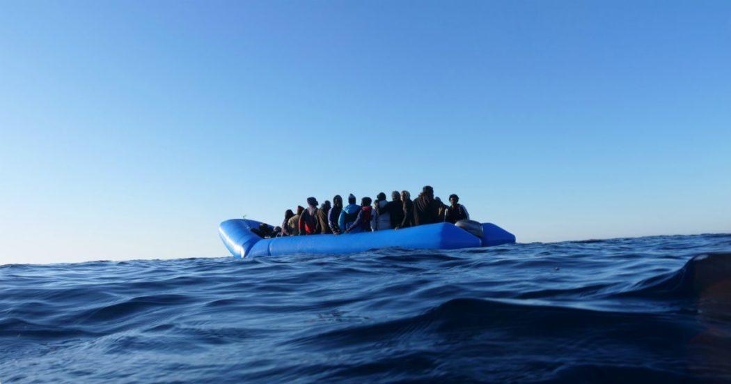 Migranti, Sea Watch: 'Naufragio in mare tra Malta e Tripoli. Ue li lascia morire'. Appello da parlamentari maggioranza a Conte: 'Intervenga'
