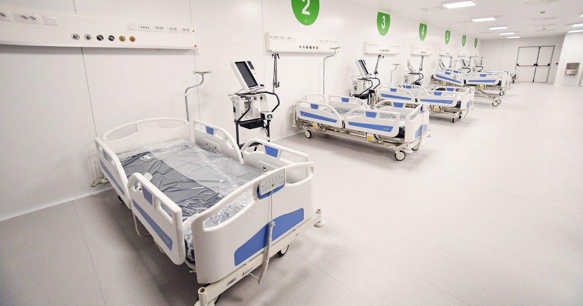 L'ospedale nel deserto alla Fiera di Milano: tanto rumore per nulla