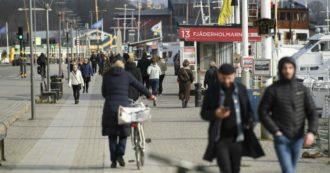 """Coronavirus, la Svezia ignora la quarantena e supera i mille morti. Gli esperti alle autorità: """"Avete fallito"""""""
