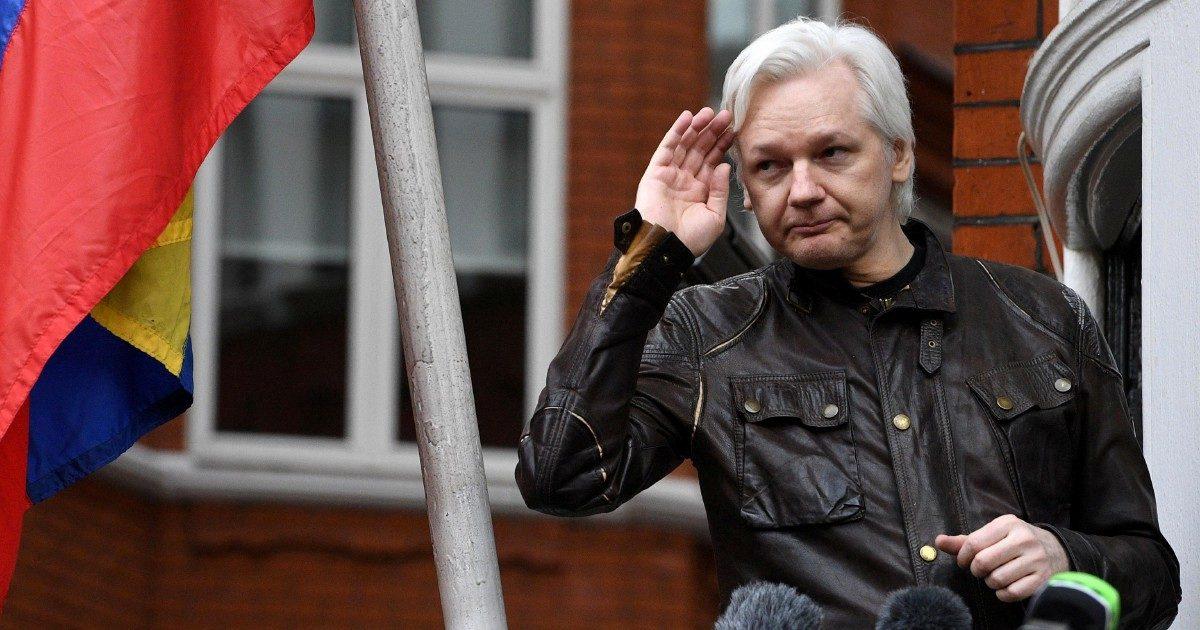 """""""Assange è  il padre dei miei figli: rischia di nuovo la morte"""" (anche in versione inglese)"""