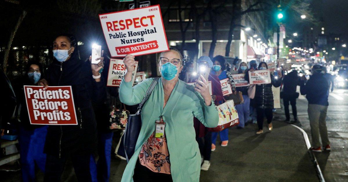"Il virus ""razzista"": neri Usa più colpiti perché già malati"