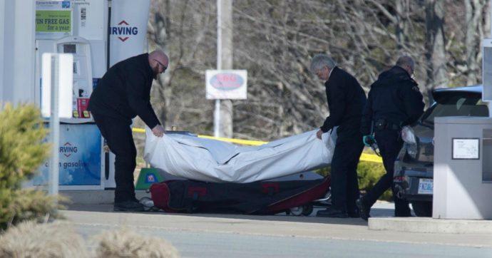Canada, si traveste da poliziotto e uccide 16 persone. È la peggiore strage nella storia del Paese