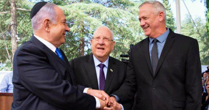 """Israele, da Corte Suprema e Knesset via libera al governo Gantz-Netanyahu. I giudici: """"I processi al premier non lo squalificano"""""""