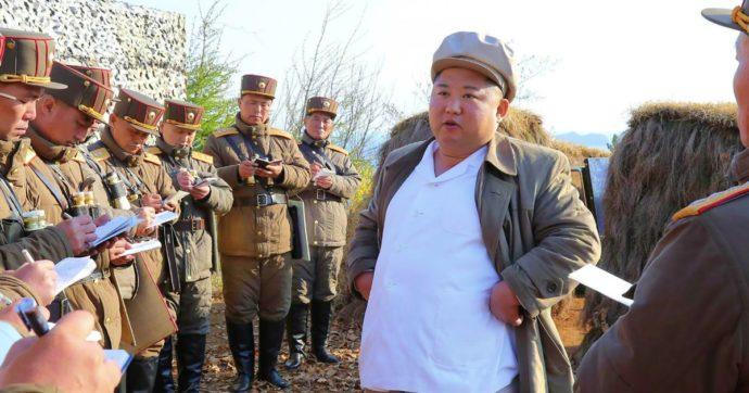 """Corea del Nord, Kim Jong-un avverte il popolo: """"Arriverà una crisi difficile"""". Il paragone con la carestia degli anni 90"""