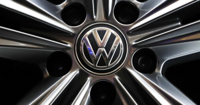 """Dieselgate, la Corte di Cassazione tedesca: """"Chi ha comprato auto Volkswagen truccate va rimborsato in base ai chilometri percorsi"""""""