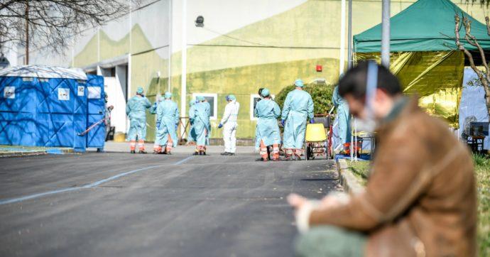 Brescia, la Lombardia vuole un centro Covid dentro l'ospedale. E i medici scrivono al ministro