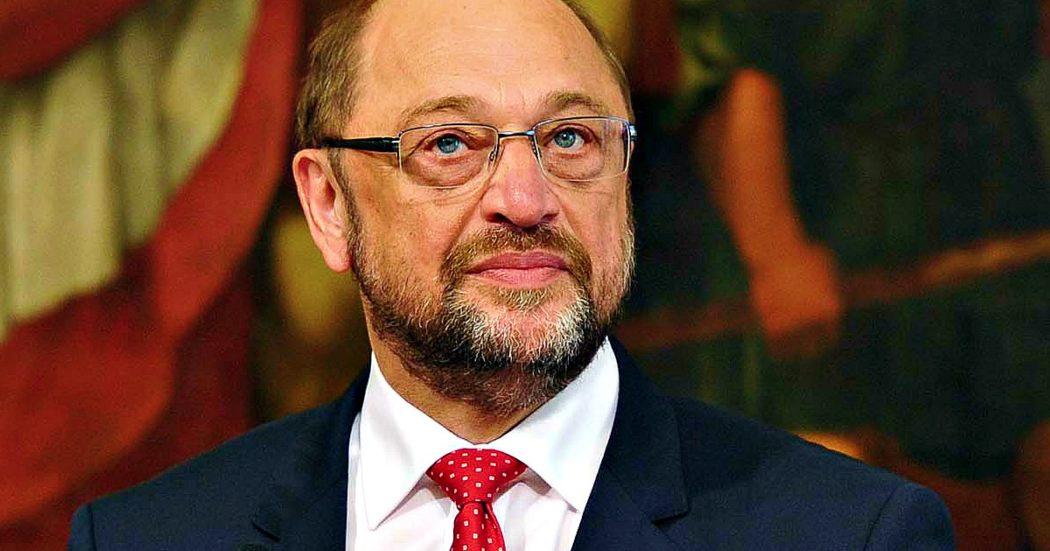 """Coronavirus, deputati tedeschi manifestano a sostegno dell'Italia in vista del Consiglio europeo. Schulz: """"L'Ue ha bisogno di titoli comuni"""""""