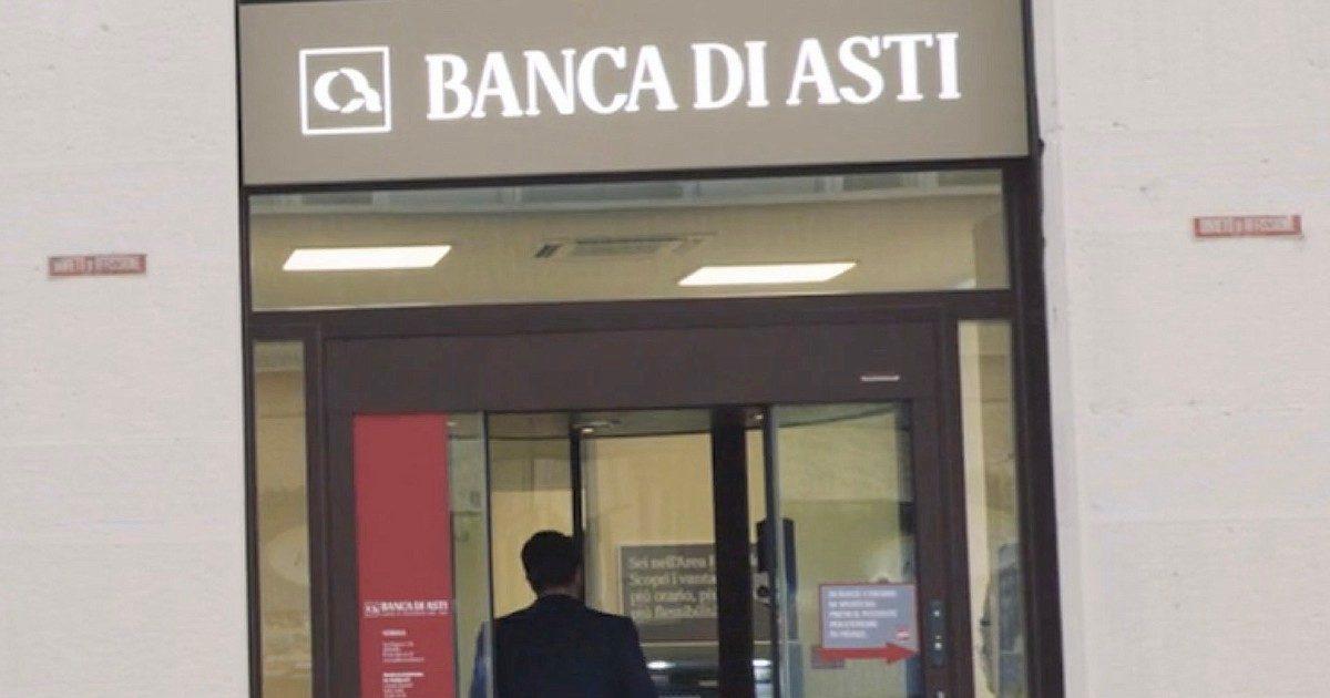 Le porte girevoli dei berluscones: via vai alla Cassa di risparmio di Asti