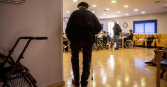 """Covid, Amnesty denuncia il Belgio: """"Ha abbandonato e lasciato morire migliaia di anziani nelle case di riposo"""""""