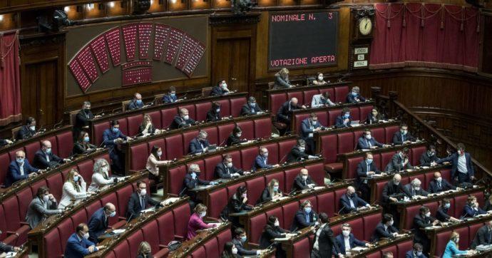 """Decreto Scuola, Camera lo approva con 245 voti a favore e 122 contrari. Azzolina: """"Grazie al governo"""". Ecco tutte le novità"""