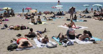 Coronavirus – Spiagge libere, come riaprire e garantire la sicurezza. Le idee dei sindaci: dall'impiego di chi prende il reddito di cittadinanza all'ingresso a numero chiuso, fino all'aiuto dei titolari dei lidi vicini