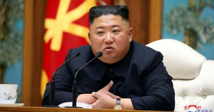 """Kim Jong Un morto, vivo o in stato vegetativo? Continua il mistero. Il suo treno avvistato a Wonsan. Analisti: """"E' una situazione insolita"""""""