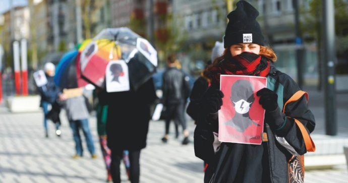 """Polonia esce dalla Convenzione contro la violenza sulle donne: """"Contiene concetti ideologici"""""""