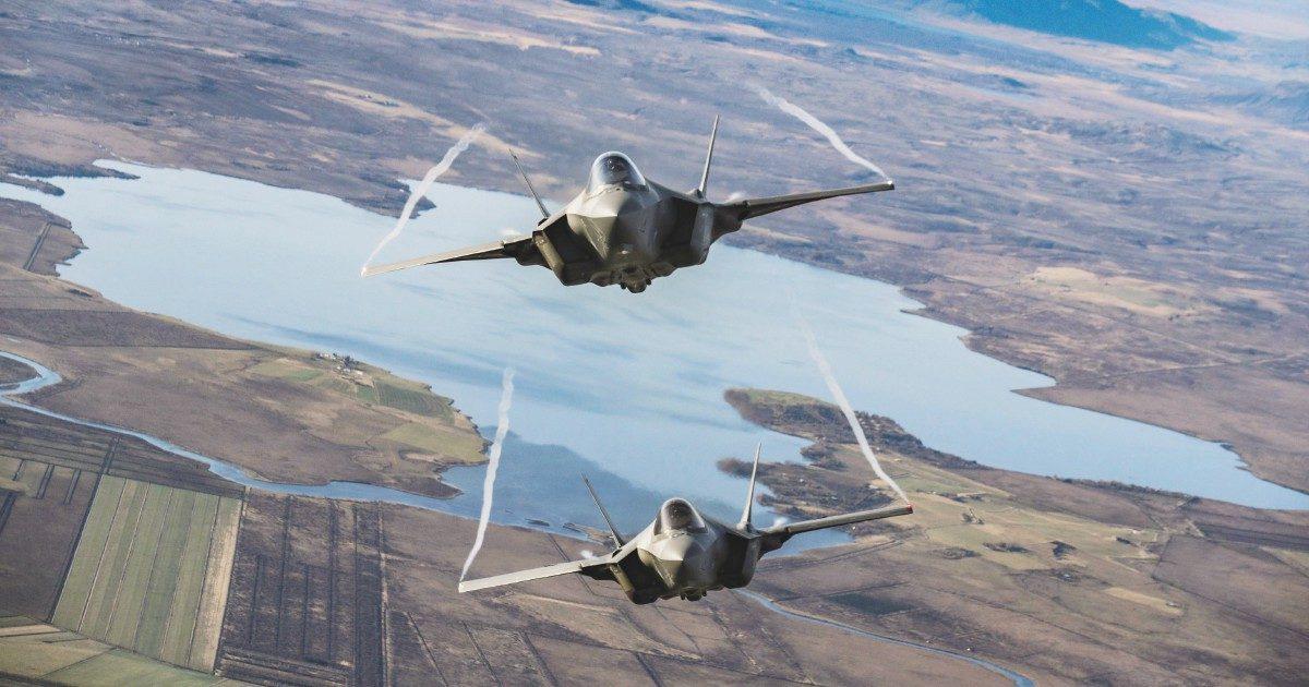 Balzo della spesa militare. Offensiva 5Stelle sugli F35